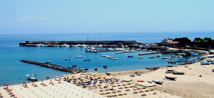 Giardini Naxos: ricomincerà la politica?