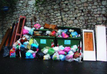 Giardini Naxos: salasso… ma senza servizi