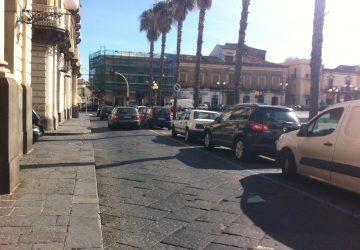 Giarre, ampliamento piazza Duomo. Il sindaco mette la retromarcia. E non è l'unica.