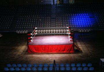 Taormina, match di boxe al Consiglio comunale