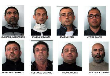 Catania, pesca miracolosa: 8 arresti e 2.000 kg di erba VIDEO
