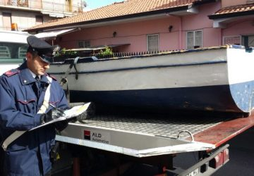 """Inserzionista di Belpasso pone in vendita su """"Subito.it"""" una barca rubata a Riposto. Denunciato"""