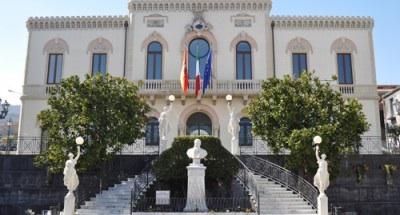 Zafferana: incendiata auto del candidato sindaco escluso Alfio Barbagallo