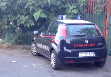 Giarre, maxi blitz dei carabinieri in via Ungaretti: un arresto VIDEO