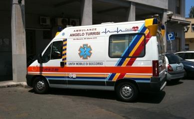 Giarre, attentato incendiario alle ambulanze di Angelo Turrisi
