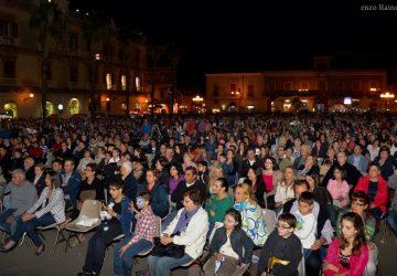 Giarre: Notte Bianca entusiasma 10 mila persone. Tranne il sindaco che diserta