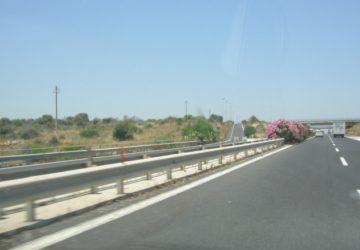 Autostrada A18, sopralluoghi nelle gallerie a Sant'Alessio e Giardini. Le modifiche alla viabilità