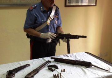 Macchia: in un terreno di via delle Zagare trovati 4 fucili e una pistola. Fermata una persona