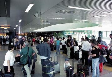 Roma, in aeroporto sciopero bianco. Ed i nostri bagagli?