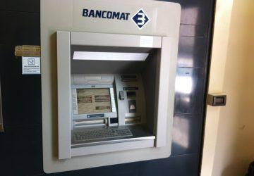 Fiumefreddo, tentano di agganciare bancomat del Credito Siciliano