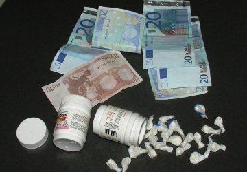 Acireale, deteneva 21 dosi di cocaina: arrestato 20enne