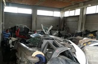 Mascalucia, Polizia stradale scopre deposito clandestino auto rubate