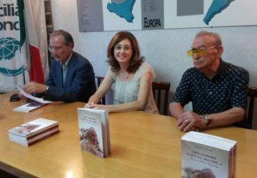 """Catania, con un libro su Papa Francesco riparte """"Un giornalista, un libro, un the"""""""