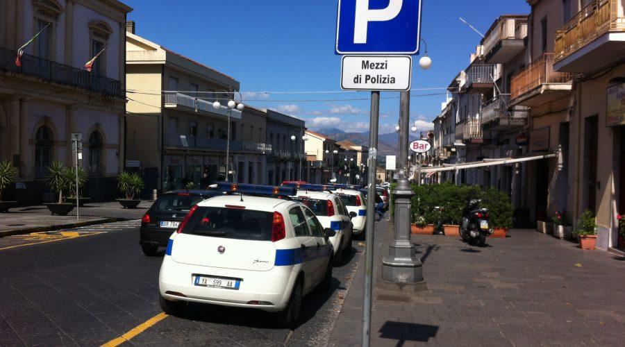 Giarre, i commercianti di via Callipoli: No agli stalli riservati. Pronta la mobilitazione  VIDEO