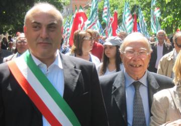 Biancavilla, dopo l'intimidazione la solidarietà al sindaco