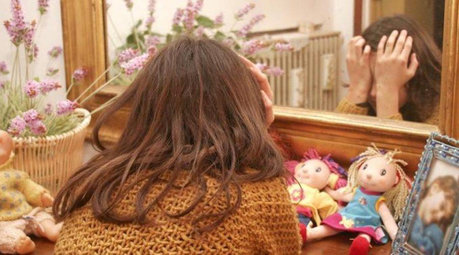 Acireale, abusava della figlia di 8 anni