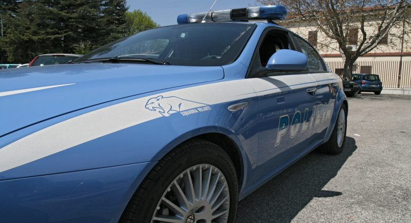 Catania, due arresti per una rapina ad un bar