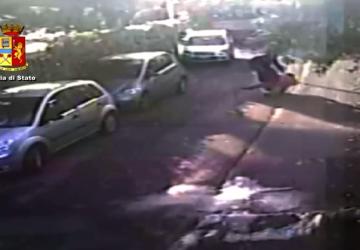 Commette scippo di inaudita violenza. Arrestato VIDEO