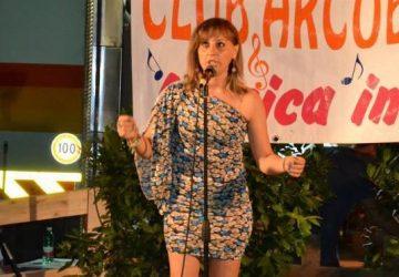 """""""Voci di Natale"""" ospita la cantante Siana Vendemmia"""