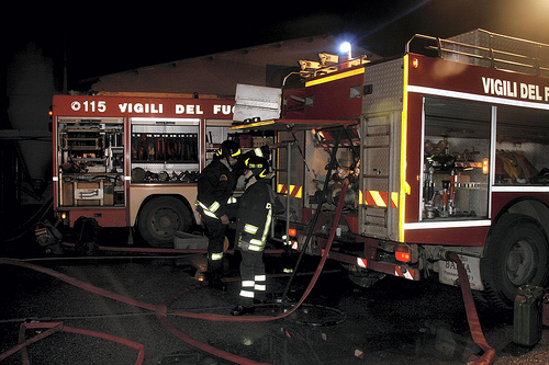 Vigili del fuoco in azione a Fondachello (incendio in abitazione) e Milo