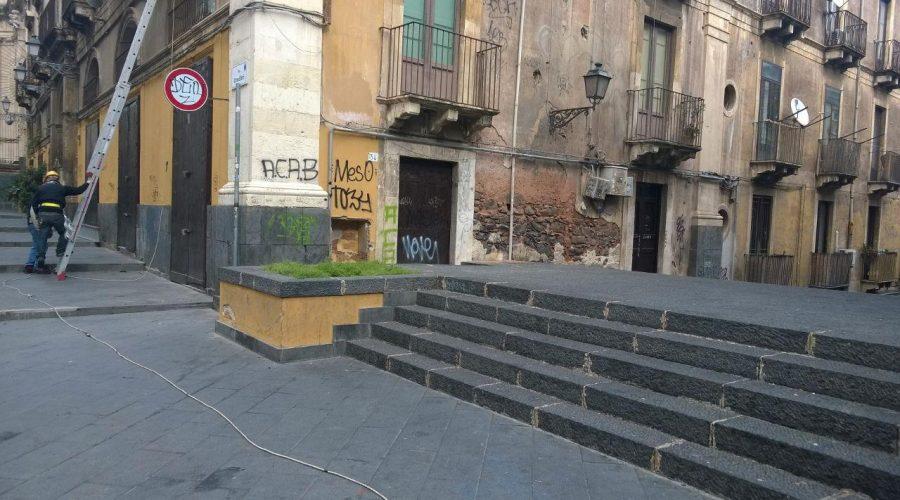 """Catania, tutelare i """"più bei cento metri barocchi d'Europa"""": via Crociferi"""
