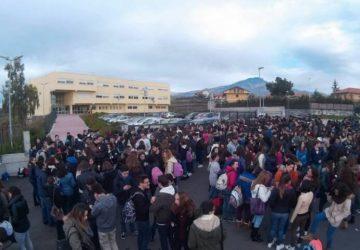 Mascalucia, al Liceo Concetto Marchesi impianto riscaldamento ancora in tilt