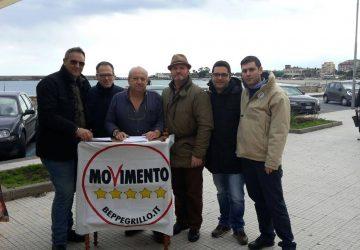 """Banchetti """"no euro"""" a Giardini Naxos"""