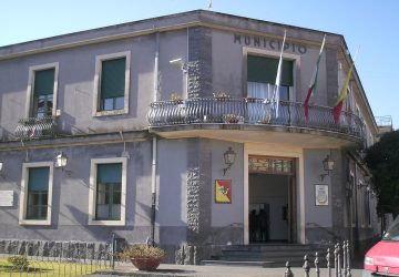Valverde, Consiglio comunale movimentato