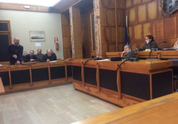 Giarre, accelerazione improvvisa in Consiglio comunale