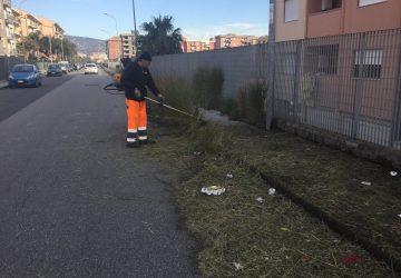 Giarre, al via interventi scerbatura nelle aree degradate