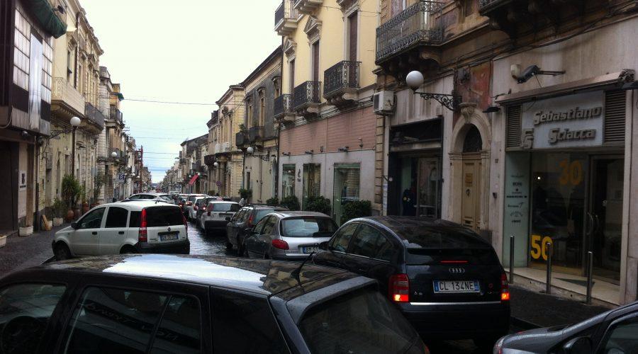 Giarre, segnali di rinascita del commercio. Tre nuove attività in corso Italia