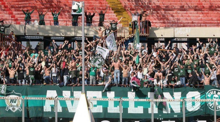 Due tifosi dell'Avellino arrestati per la calda trasferta catanese