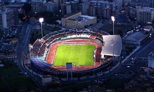 Calcio Catania, striscione di solidarietà per i morti di Casteldaccia