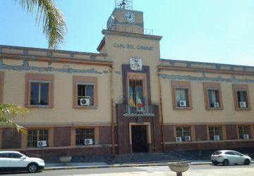 Mascali: il Consiglio approva la nuova planimetria del mercato di Fondachello. Sul bilancio accese divergenze