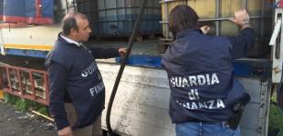 Acireale, scoperto distributore di benzina abusivo: 2 arresti VIDEO