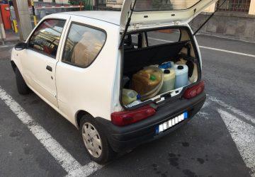 Catania, auto bloccata al porto con taniche di benzina di dubbia provenienza
