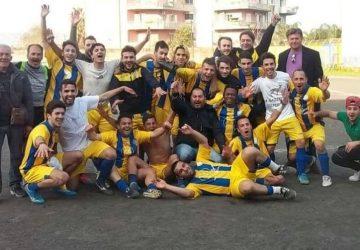 Calcio, il Fcd Giarre calcio promosso in Seconda categoria