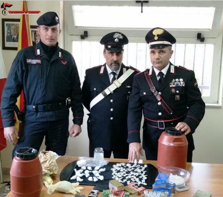 Biancavilla, blitz dei carabinieri: 4 arresti