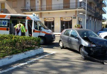 Giarre, incidente in corso Europa: due feriti