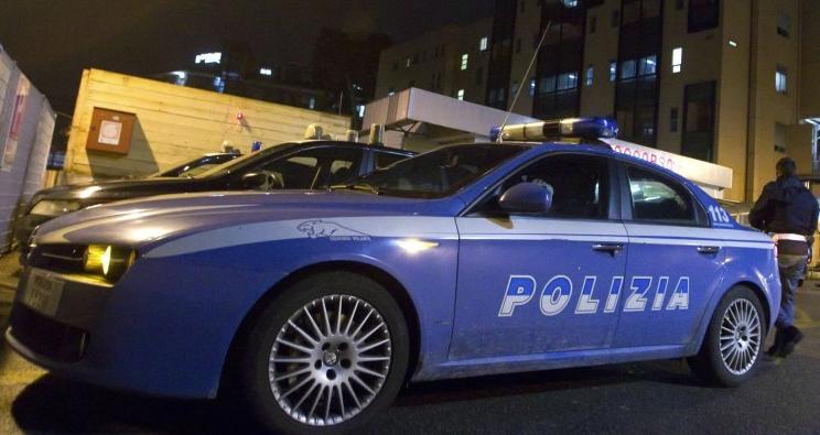 Tenta di violentare turista all'uscita dalla discoteca alla Playa di Catania: arrestato 24enne