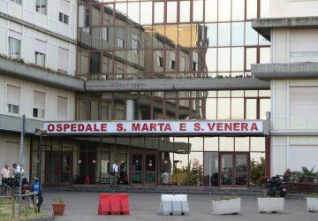 L'ospedale di Acireale convertito in ospedale Covid: il punto sulle scorse 24 ore. E intanto vengono annunciate novità