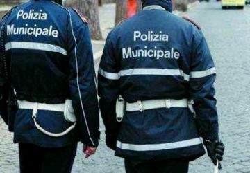 Catania, controlli a tappeto della Polizia locale: nel mirino i parcheggiatori abusivi
