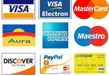 Fotografa le carte di credito dei clienti e le usa on line: denunciato