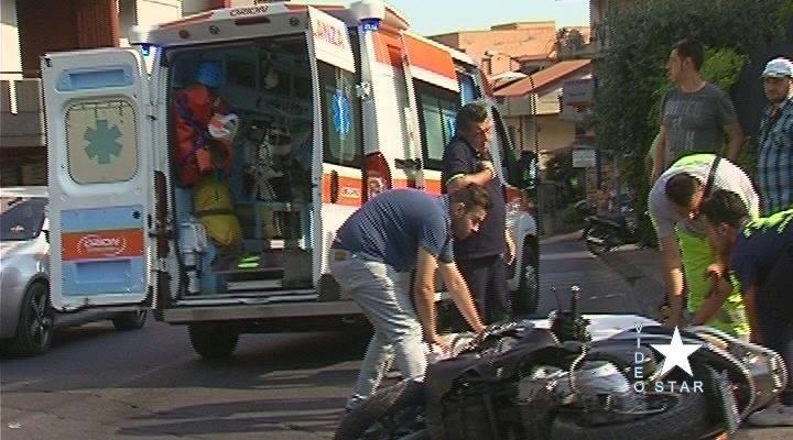 Adrano, auto pirata travolge scooter: 25enne di Biancavilla in prognosi riservata