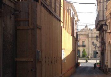 """Acireale: crolla Palazzo Pietropaolo e """"crolla"""" anche l'assessore Pietropaolo"""