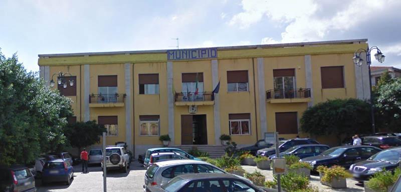 S. Venerina: il Consiglio comunale approva il Dup ma senza mutui