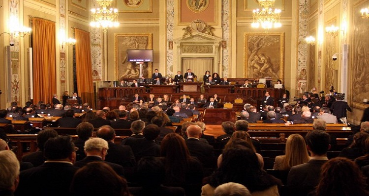 Sicilia: quattro deputati del M5S all'Ars lasciano il movimento e formeranno un gruppo autonomo