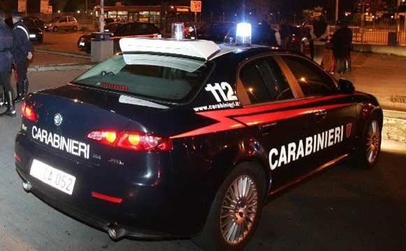 Ruba auto al centro commerciale. Arrestato un 16enne di Adrano