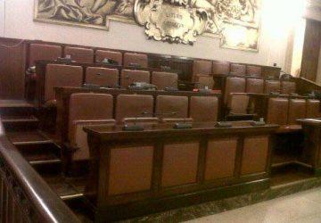 Catania, ritirato il simbolo di Forza Italia dal Consiglio comunale