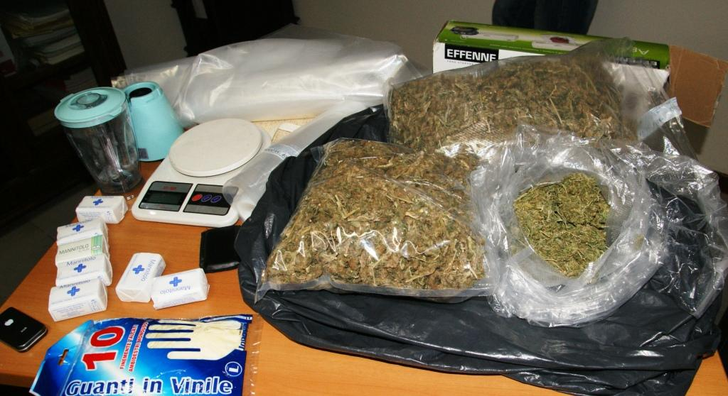 Catania aveva l erba sotto il letto arrestato un - L onorevole con l amante sotto il letto ...